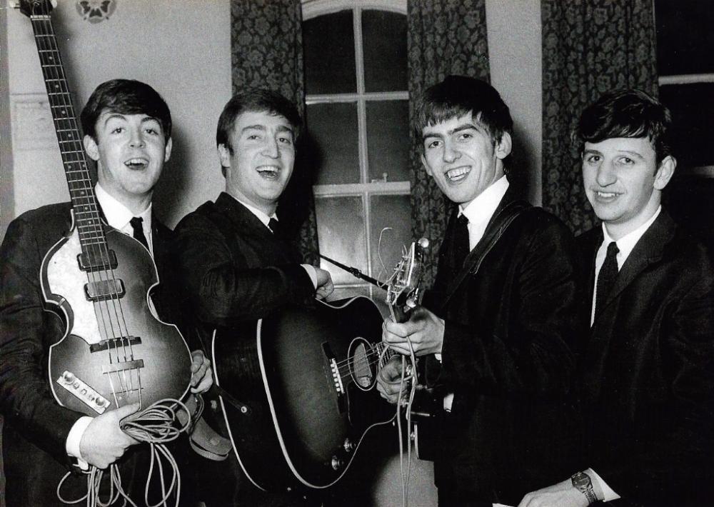 Bildresultat för The Beatles and town Hall, Newton-le-Willows